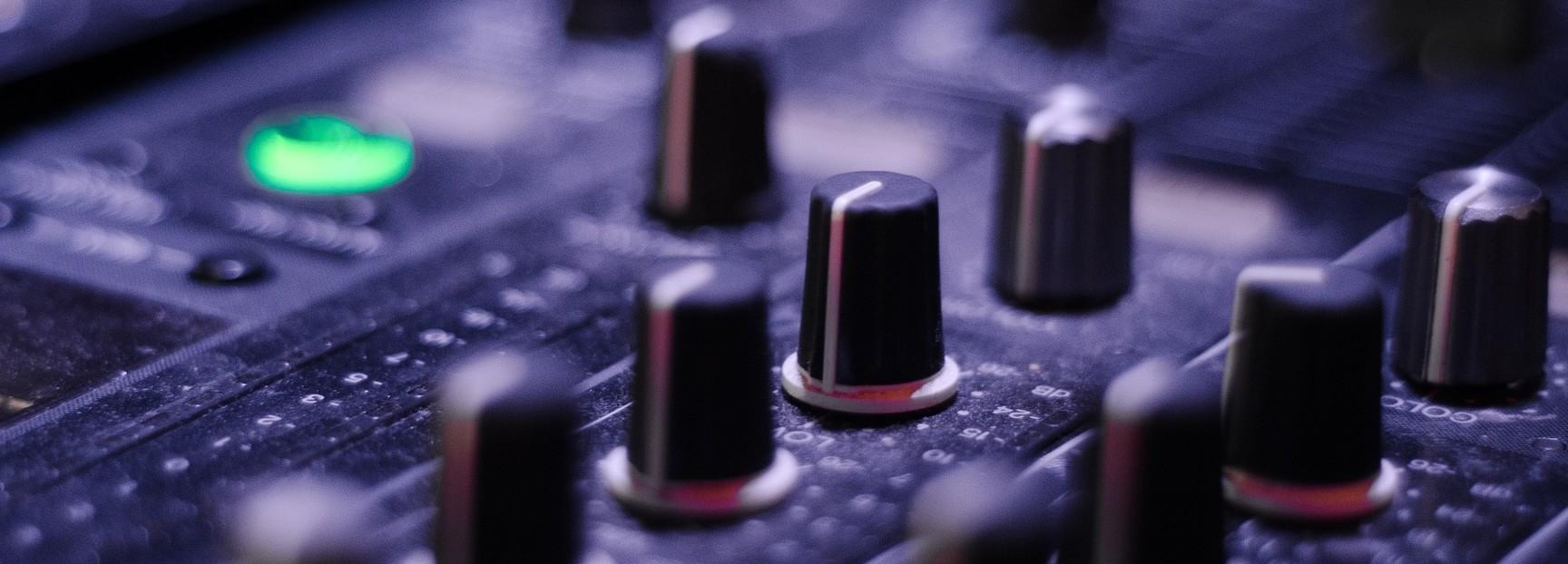 mixer-821537_1920
